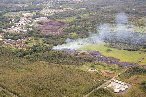 flujo de lava del volcán Kilauea en la ciudad de Pahoa