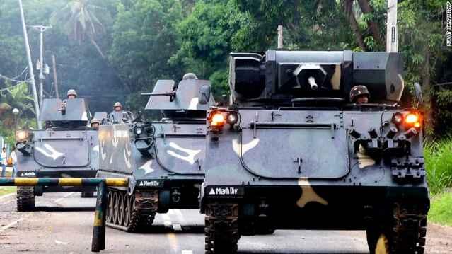 tanques filipinos en Marawi